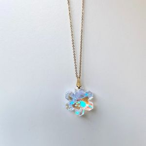 Jewelry - Iridescent Crystal Snowflake Gold Chain Necklace